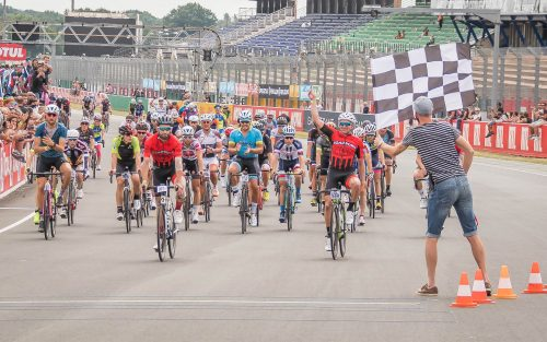 24 HOURS CYCLING: Victory of the Roadborn Team for the 10th edition