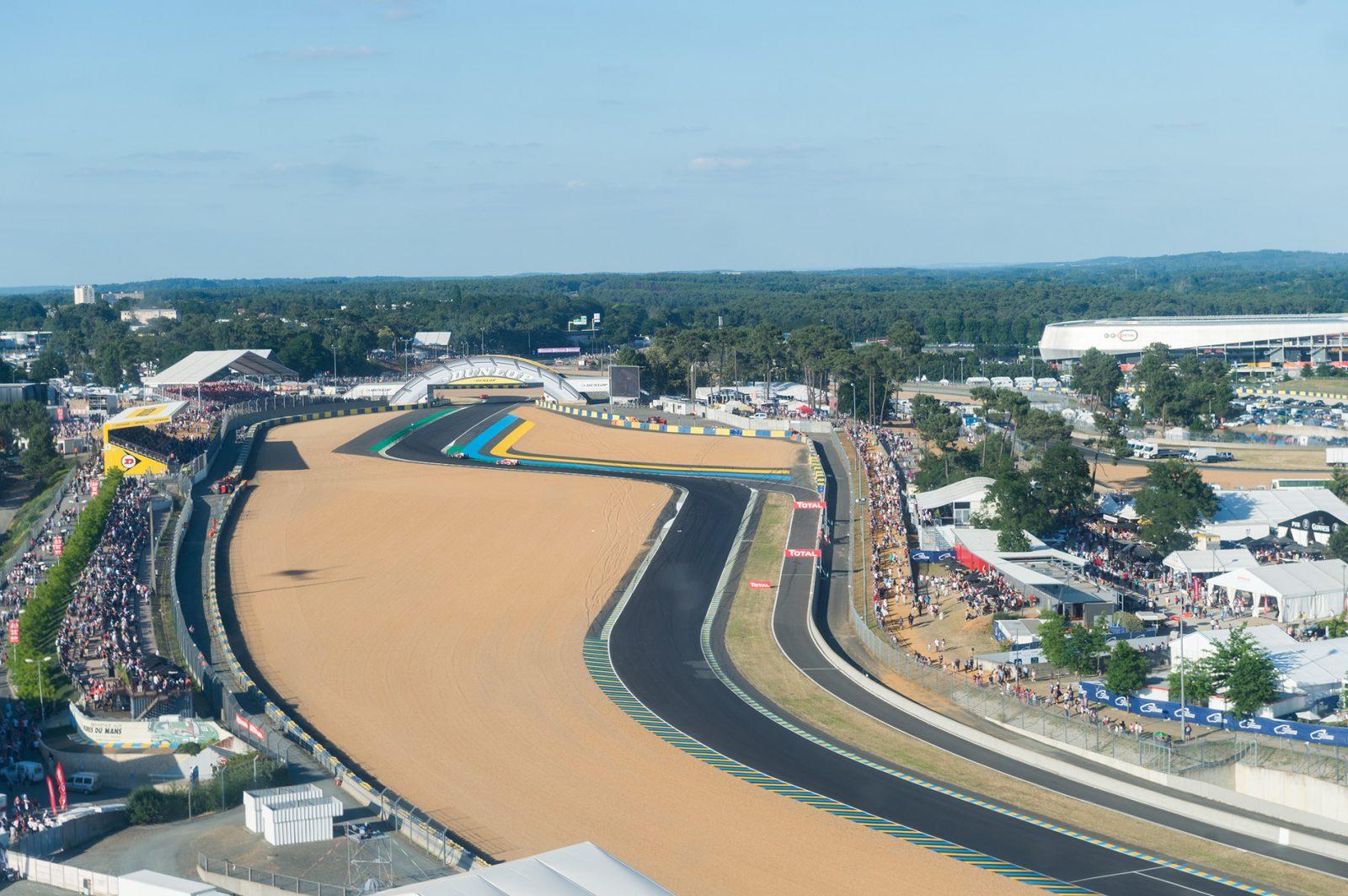 24H du Mans : Navettes VIP et survol en hélicoptère
