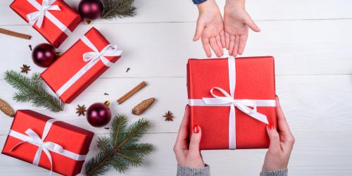 CHRISTMAS BOX À OFFRIR